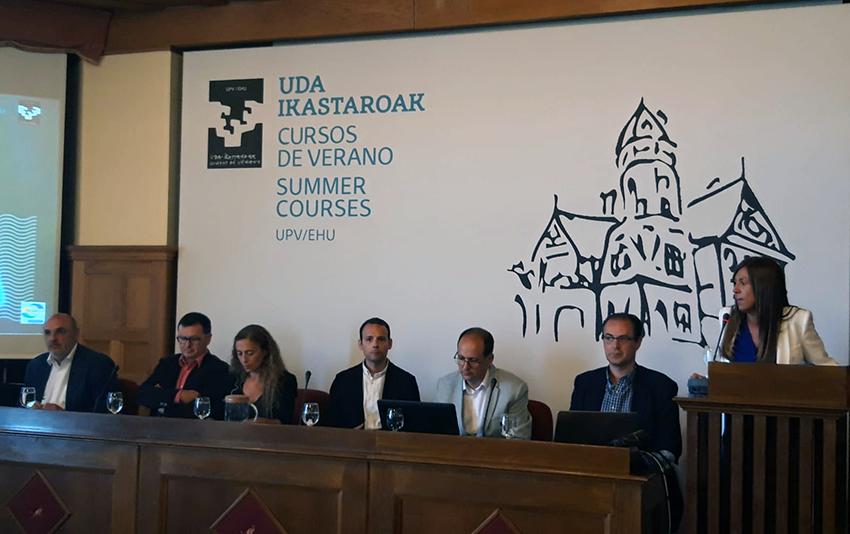 Red Española de Ciudades Inteligentes en el curso de verano Smart Ecobarrio